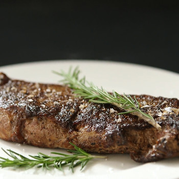Watch: Tips and Tricks for Skirt and Strip Steak