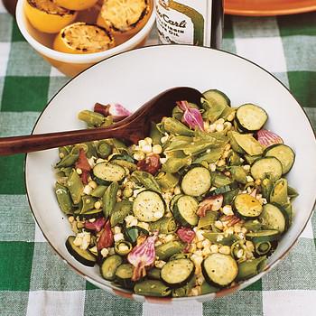 Farm-Stand Raw Vegetable Salad