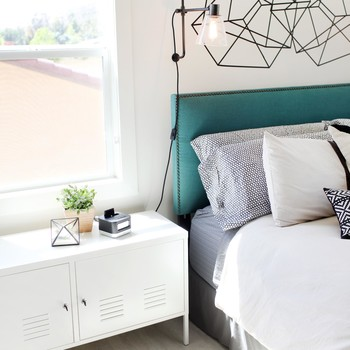Cute Storage Ideas for a Small Bedroom