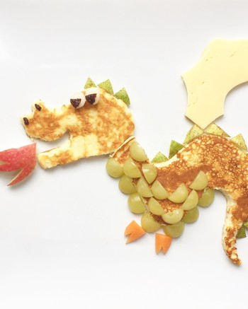 cute-pancakes-dragon