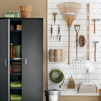 Nine Garage Organization Tips