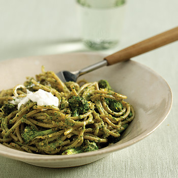 Whole-Grain Spaghetti with Herb-Almond Pesto and Broccoli