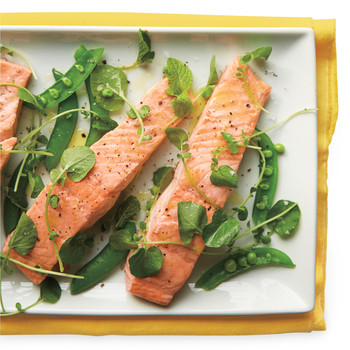 Poached Salmon with Snow Peas