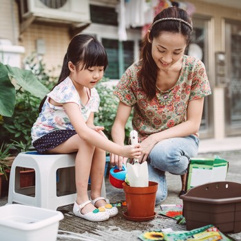 7 Things Every Mom and Daughter Should Do Together At Least Once