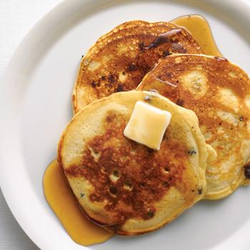 Simple Blueberry Buttermilk Pancakes