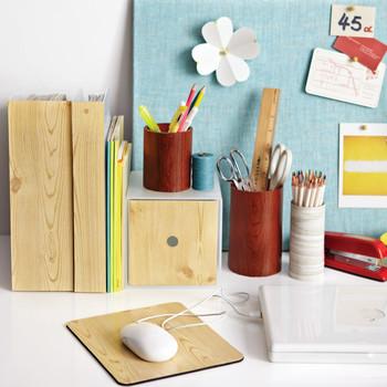 Wood-Grain Office Accessories