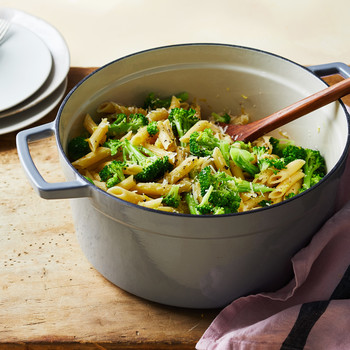 one pan pasta pot spoon