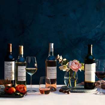 wine varieties glasses flowers