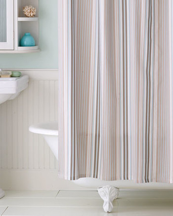 Clean And Green Bathroom Tips
