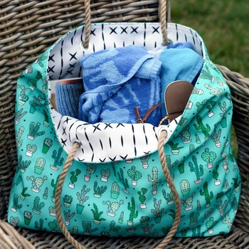 How to Make a Rope-Handled Bag to Tote Around All Summer