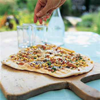 Grilled Pizzas with Clams