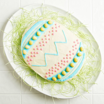 How to Make an Egg-Shaped Easter Cake (Without an Egg-Shaped Cake Pan!)
