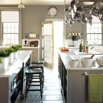 Martha's Incredible Cantitoe Corners Kitchen: 5 Lessons in Style and Function