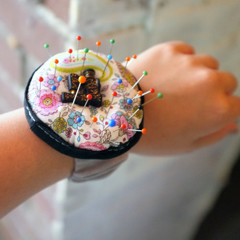 This Pincushion Bracelet Keeps Your Pins and Needles in Easy Reach