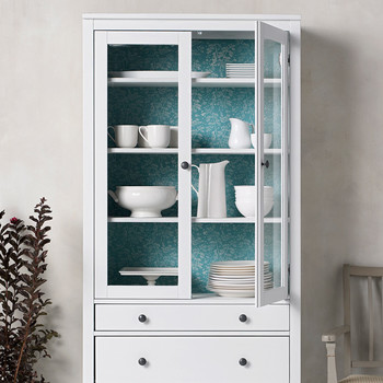 plaid decor hutch