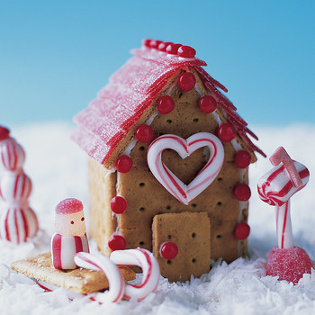 Building Cookie Cottages:  Peppermint Place