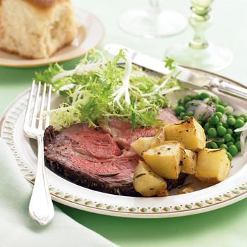 Rib Roast with Rosemary-Garlic Potatoes