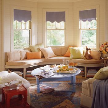 5 Majestic Bay Window Treatments for Your Room with a View