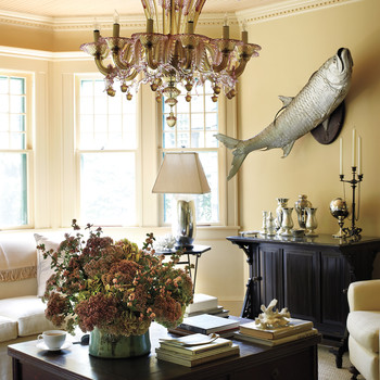Martha's Living Room at Lily Pond Lane: 5 Daring Details
