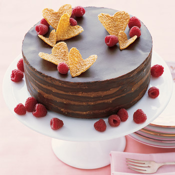 Milk-Chocolate-Mousse Cake with Cashew Brittle