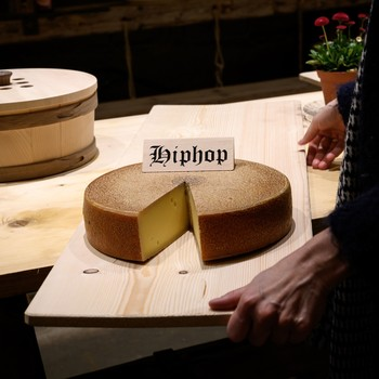 Experts Say Hip Hop Is the Secret to Making the Most Delicious Cheese