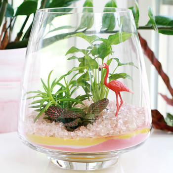 sand-art terrarium