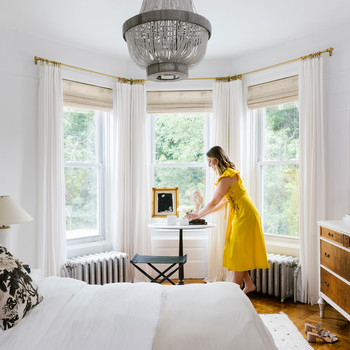 shelby in nyc apartment bedroom
