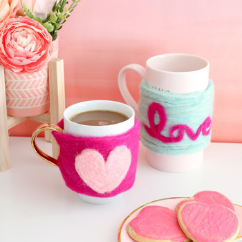 felted heart mug