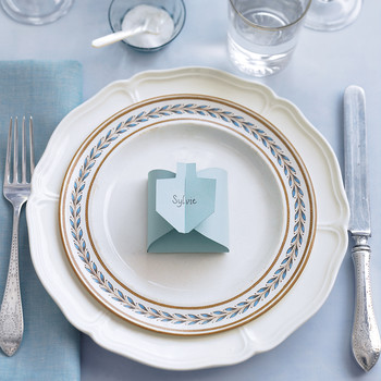 Dreidel-Shaped Place Cards