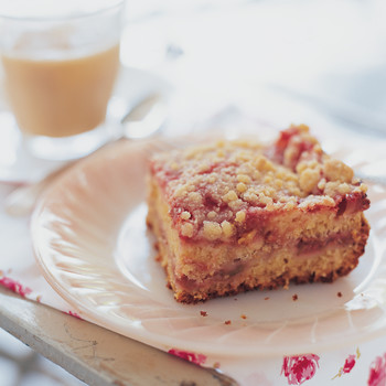Strawberry-Rhubarb Coffee Cake