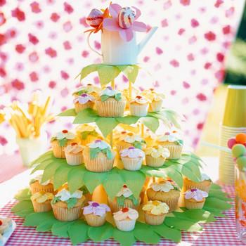 Vanilla Buttercream for Flower Cupcakes