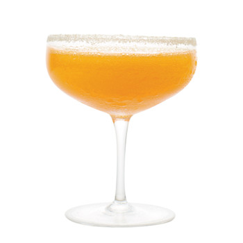 Fresh Carrot-Orange Spritz