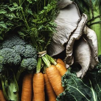 broccoli, carrots, mushrooms
