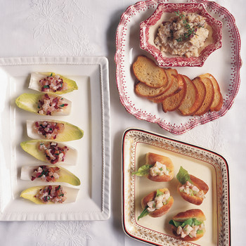 Endive Petals with Smoked Scallops