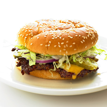 med104695_0609_cheeseburger.jpg