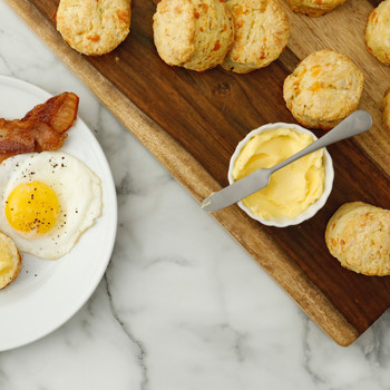 Watch: Cheddar Biscuits