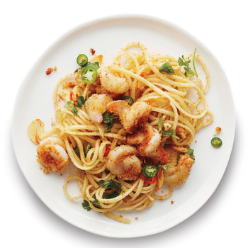 Garlicky Shrimp Pasta with Chiles