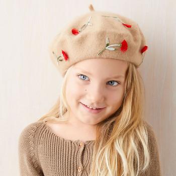 女孩花贴花贝雷帽