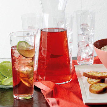 Cranberry-White Wine Spritzer