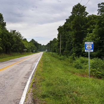 stretch of the original Route 66 in Missouri