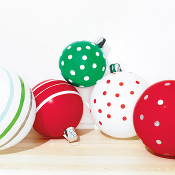 Christmas Ornament Balloons