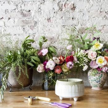 4 Simple Steps to a Stunning Flower Arrangement