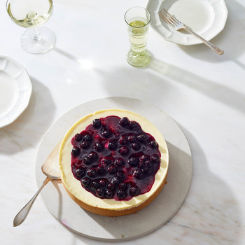 pressure cooker cheesecake with fruit topping