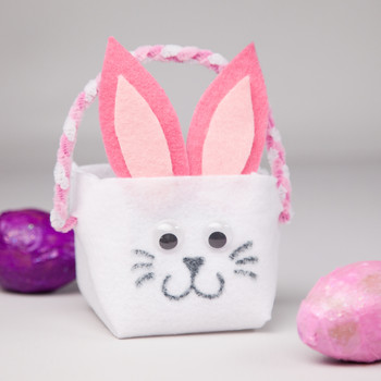 A No-Sew Bunny Easter Basket