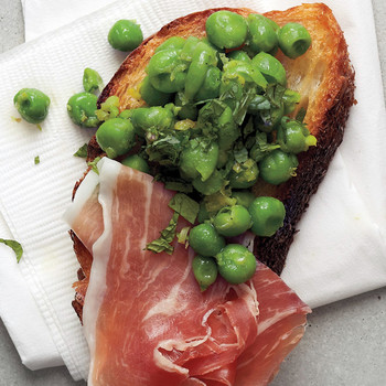 Minted Pea and Prosciutto Crostini