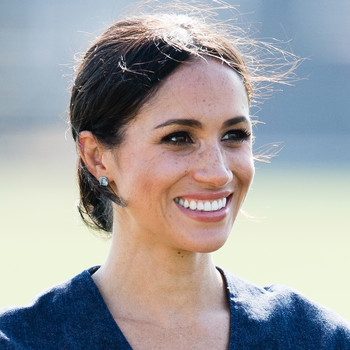 megan markle headshot close up smiling