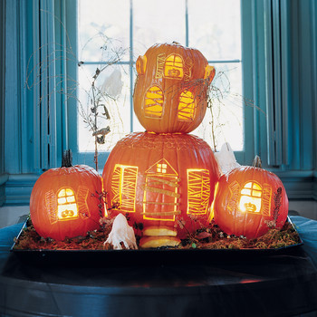 Haunted Manor Pumpkins