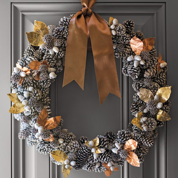 Gold Leaf-Accent Pinecone Wreath