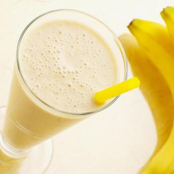 glass of banana milk