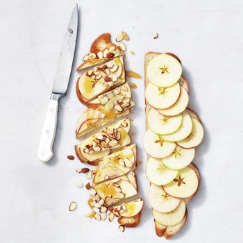 Apple-Honey-Almond Sandwich